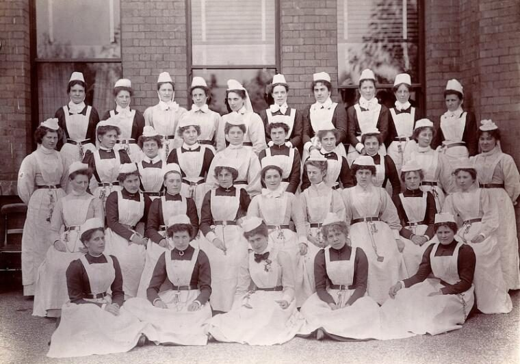 Claybury Asylum, Woodford, Essex: thirty-four nurses. Photograph by the London & County Photographic Co., [1893?] (Wellcome Collection)